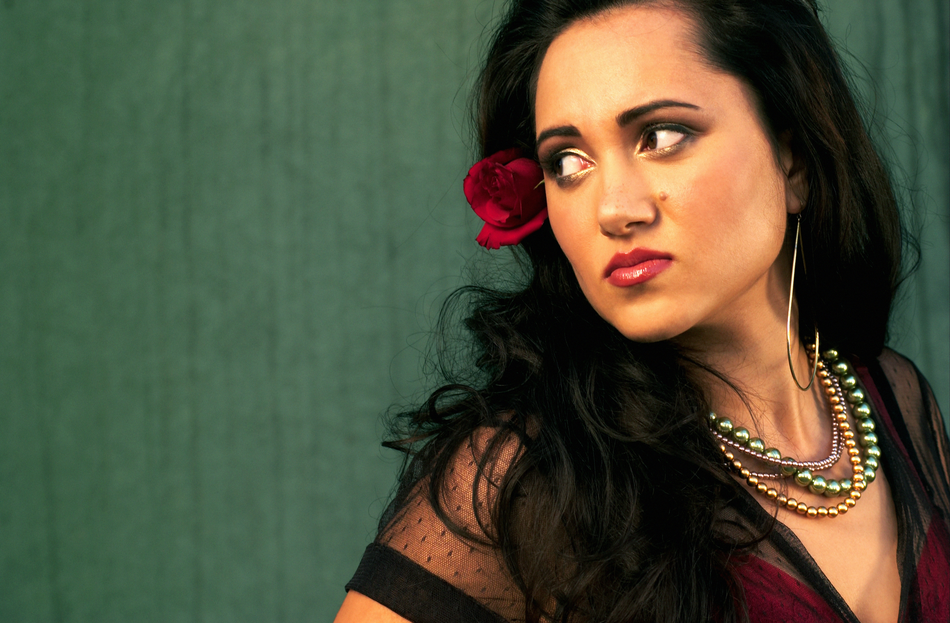 Romani Gypsy Artist Delilah Creates Dance and Pop Inspired Smooth